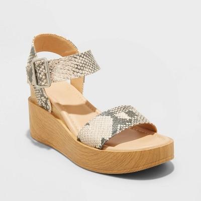 Women's Ember Heels - Universal Thread™