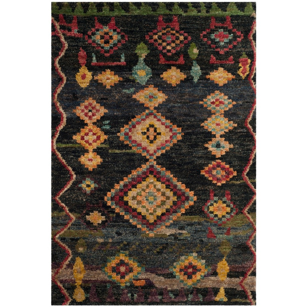 4'X6' Knotted Tribal Design Area Rug Black - Safavieh