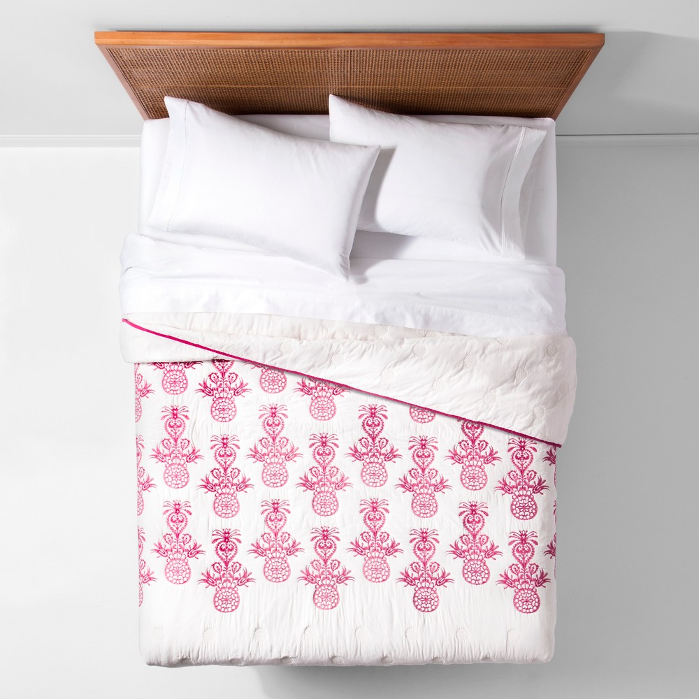 Pink Mallorca Embroidered Ornament Quilt (Twin/Twin XL) - Opalhouse