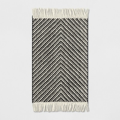 2'X3' Chevron Woven Accent Rug Black/White - Project 62™