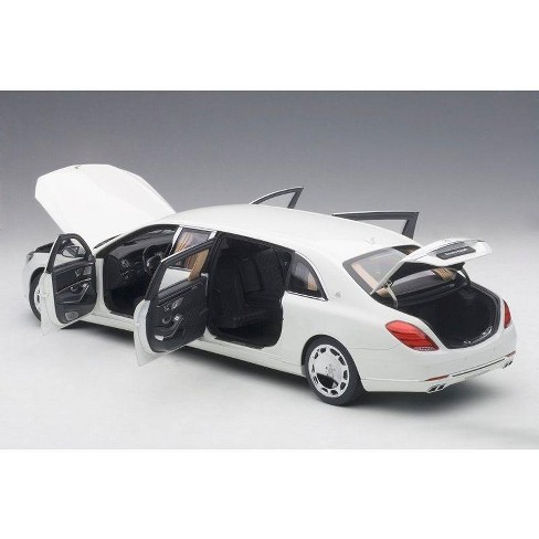Mercedes S 600 Maybach Pullman White 1/18 Model Car by Autoart - image 1 of 4