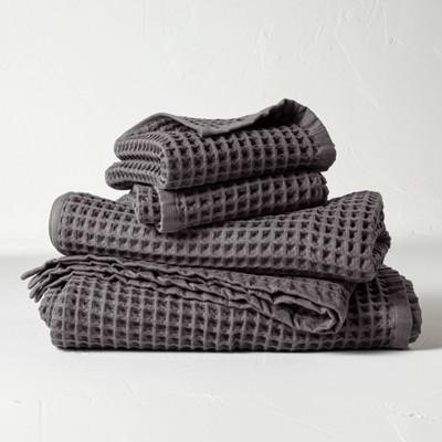 4pc Decorative Waffle Bath Towel Set Dark Gray - Casaluna™