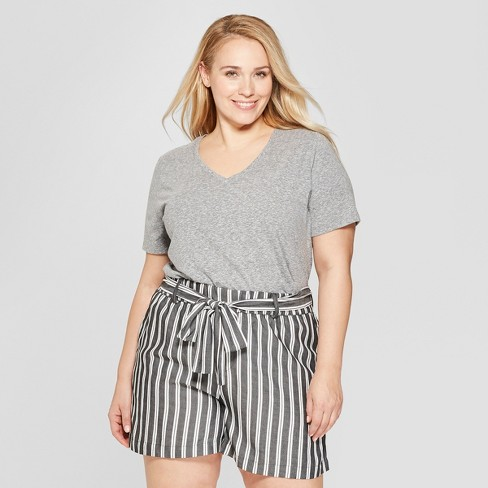 9f1df411753 Women s Plus Size Short Sleeve V-Neck Essential T-Shirt - Ava   Viv ...