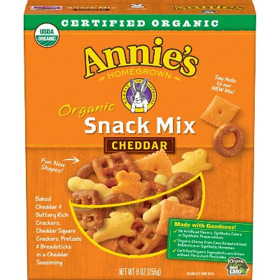Crackers: Annie's Snack Mix