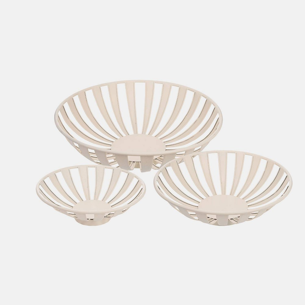 """Image of """"3pc 18"""""""" Metal Atlantic Bowls White - Foreside Home & Garden"""""""