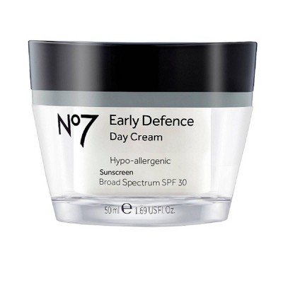 Facial Moisturizer: No7 Early Defence Day Cream