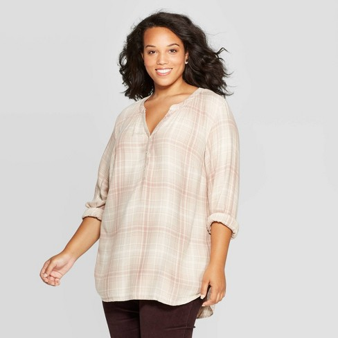 Women's Plus Size Plaid Long Sleeve V-Neck Tunic Shirt - Universal Thread™ Neutral - image 1 of 3