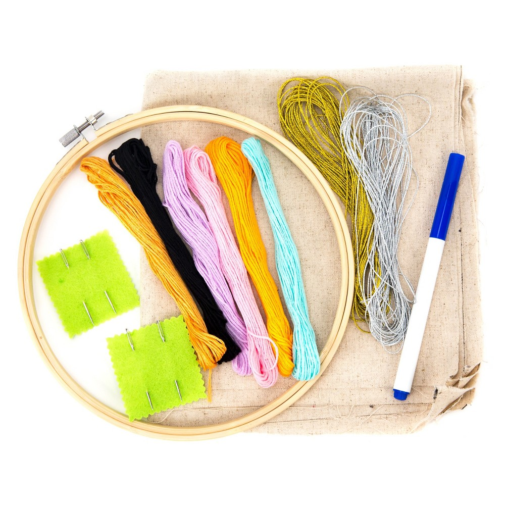 Hand Made Modern Embroidery Kit