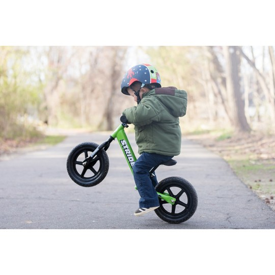 STRIDER 12 Sport Balance Bike - Green, Kids Unisex image number null