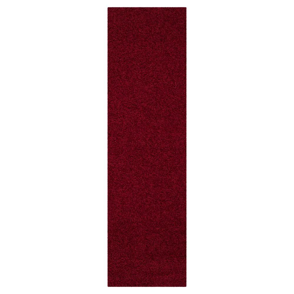 Red Solid Loomed Runner - (2'3x8' Runner) - Safavieh