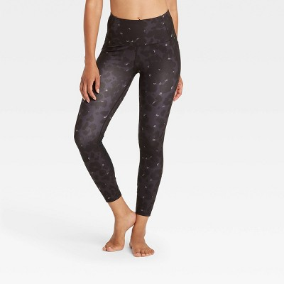 "Women's Leopard Print Contour Power Waist High-Waisted 7/8 Leggings 24"" - All in Motion™"