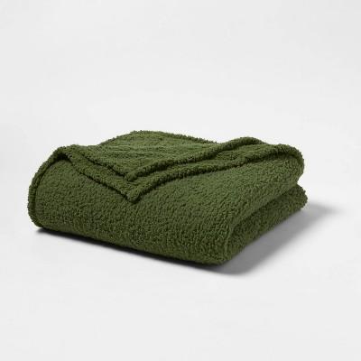 Full/Queen Sherpa Bed Blanket Green - Room Essentials™