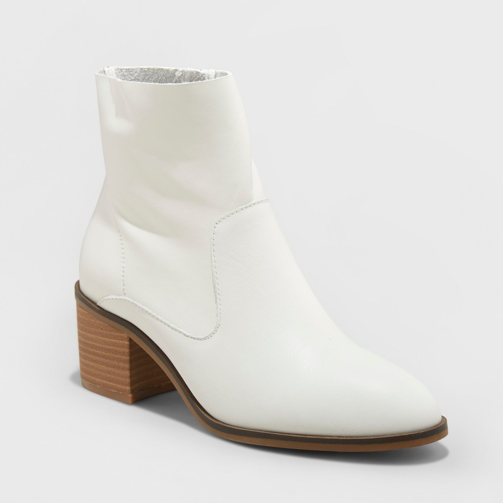 Women's Reagan Heeled Leather Ankle Boots - Universal Thread White 5