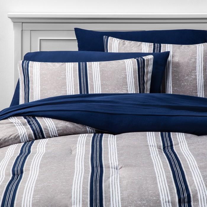 Printed Pattern Bedding Set - Room Essentials™ - image 1 of 3
