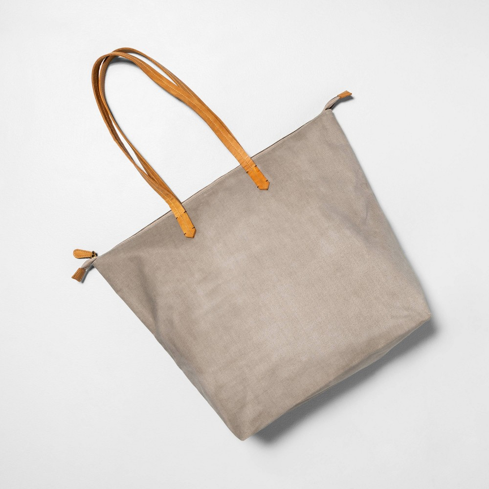 Image of Zippered Tote Pebble - Hearth & Hand with Magnolia, Gray
