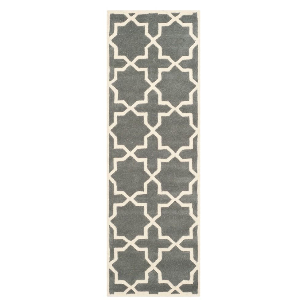 2 3 X9 Quatrefoil Design Tufted Runner Dark Gray Ivory Safavieh