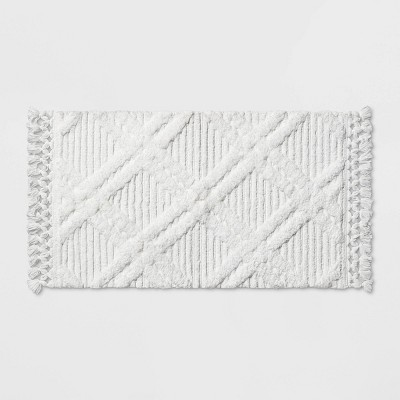 Diamond Embossed Tasseled Woven Bath Rug White - Threshold™