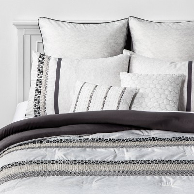 King Charu 8pc Bed Set Gray/Black