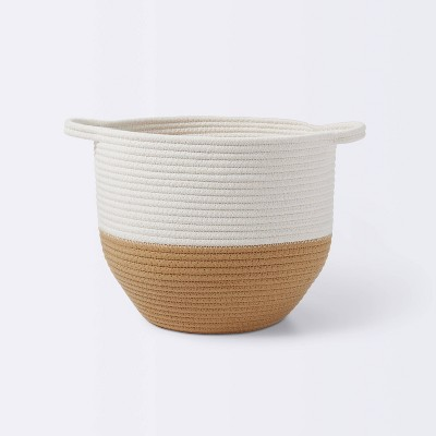 Coiled Rope Round Bottom Storage Bin with Color Band - Cloud Island™ Tan/Cream M