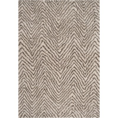 Bridgett Chevron Loomed Rug - Safavieh