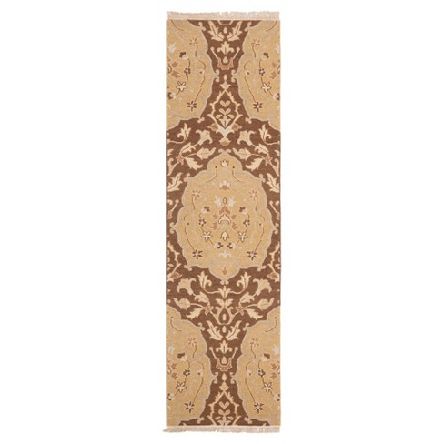 Tonya Rug - Safavieh® - image 1 of 1
