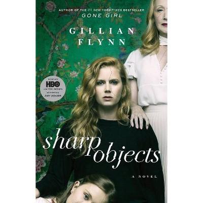 Sharp Objects (Movie Tie-In) 04/24/2018 (Paperback) - by Gillian Flynn