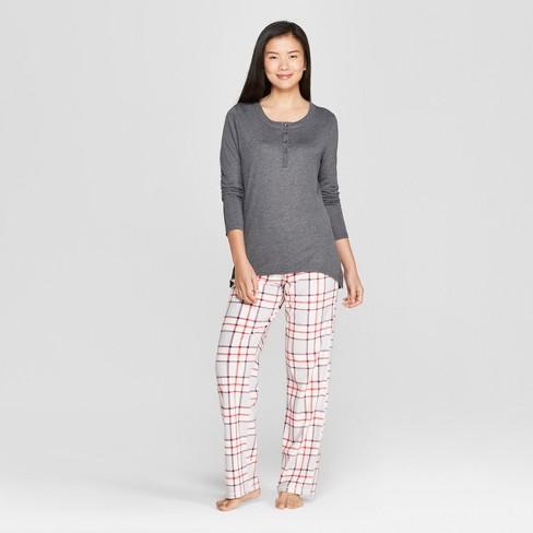 a0e5c62db208 Women s Plaid Cozy Fleece Pajama Set - Gilligan   O Malley™ Charcoal ...