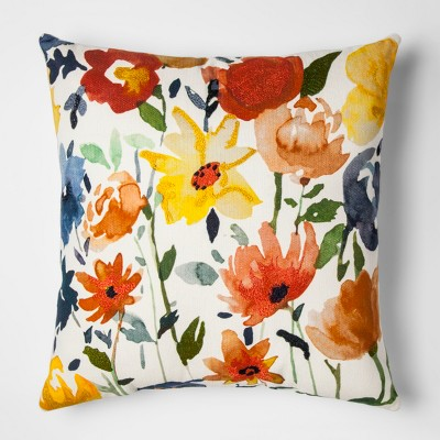 White And Cream Floral Throw Pillow - Threshold™