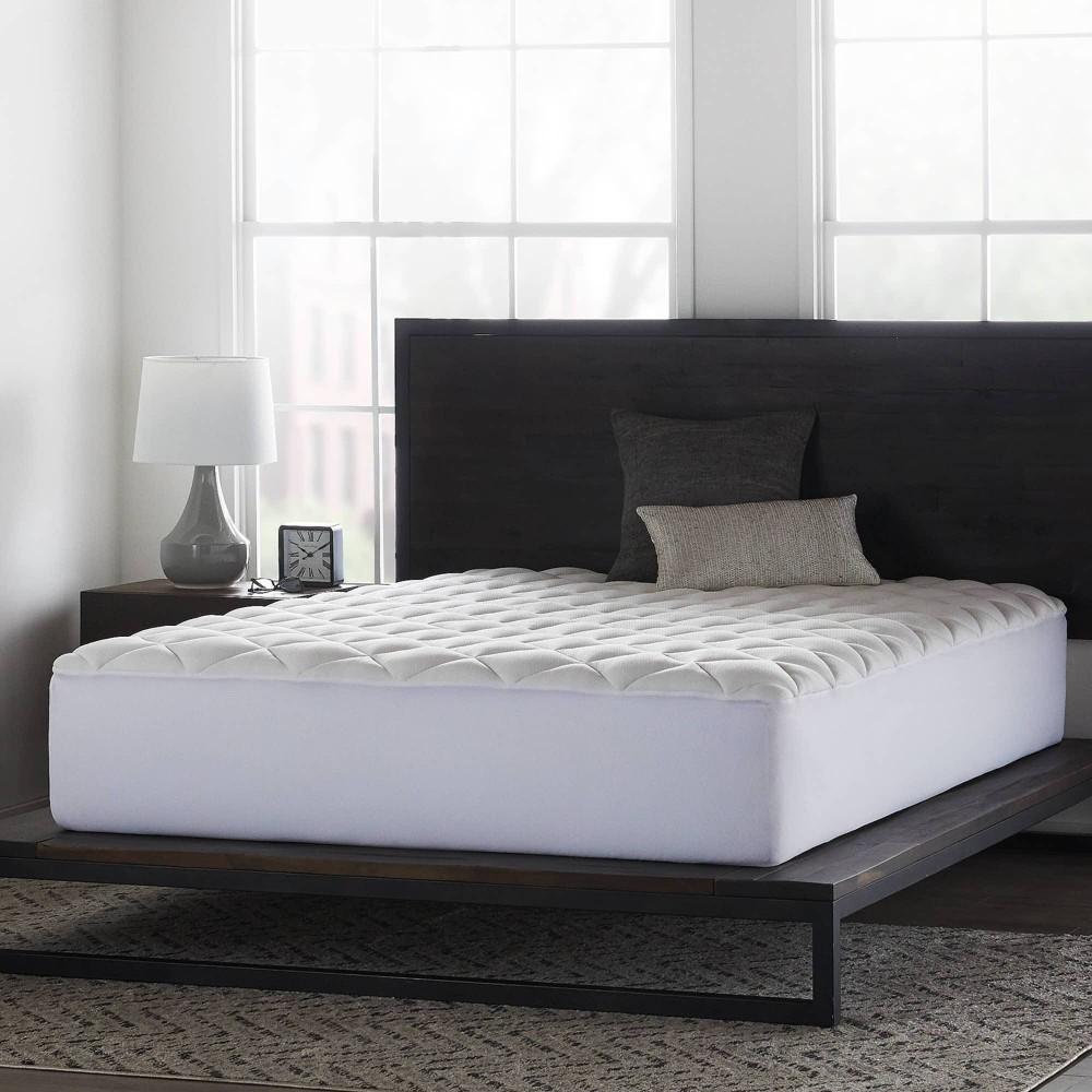 Image of California King Comfort Collection Overfilled Mattress Pad - Lucid