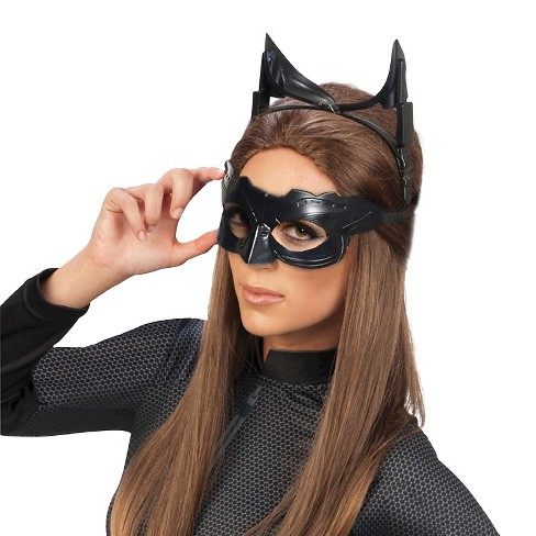Halloween Batman The Dark Knight Rises Catwoman Deluxe Accessory Kit - image 1 of 1