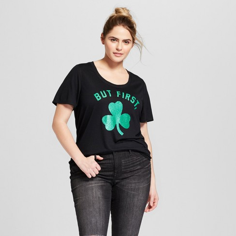 958dd72a52f Women s Plus Size St. Patrick s Day Glitter Clover Scoop Neck Short Sleeve  Graphic T-Shirt - Grayson Threads (Juniors ) - Black
