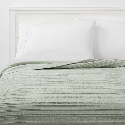 Full/Queen Clipped Texture Quilt Light Sage Green - Threshold™