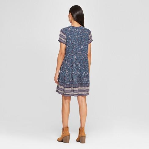dd9267ef38 Women s Floral Print Short Sleeve V-Neck Shift Midi Dress - Knox Rose™ Blue    Target
