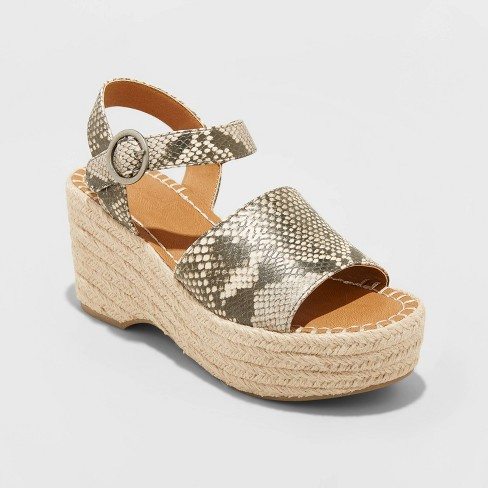 Women's Morgan Espadrille Wedge - Universal Thread™ - image 1 of 3