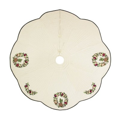 C&F Home Colonial Williamsburg Wreath Quilted Tree skirt