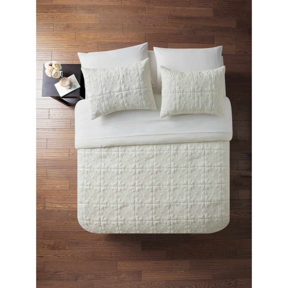 King 7pc Iron Gate Embossed Bed in a Bag Comforter Set Ivory - Vcny Home