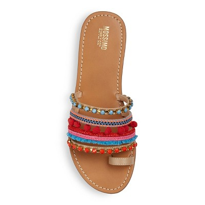 Cute sandals for wide feet