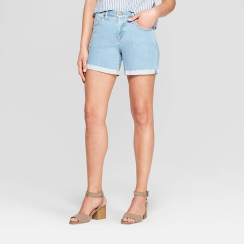 Women's Mid-Rise Single Cuff Raw Hem Boyfriend Jean Shorts - Universal Thread™ Light Wash - image 1 of 3