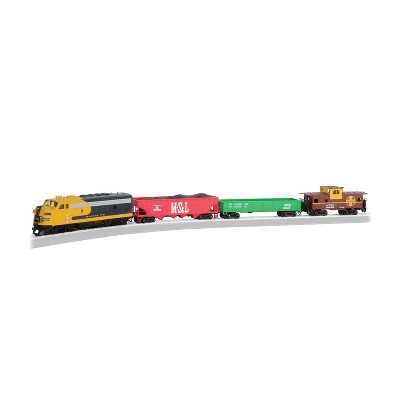 Bachmann Trains 00746 Santa Fe War Chief Ready to Run HO Scale 1:87 Electric Train Set With Diesel Locomotive and 3 Freight Cars for Ages 14 and Up