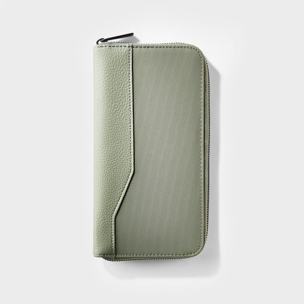 Rfid Travel Wallet Olive Open Story 8482