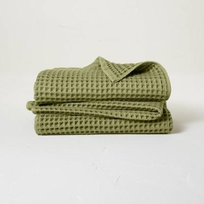 2pk Waffle Bath Towel Set Moss Green - Casaluna™