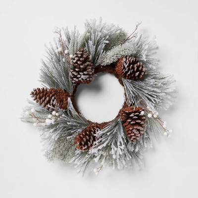 "20"" Heavy Flocked Wreath - Threshold™"