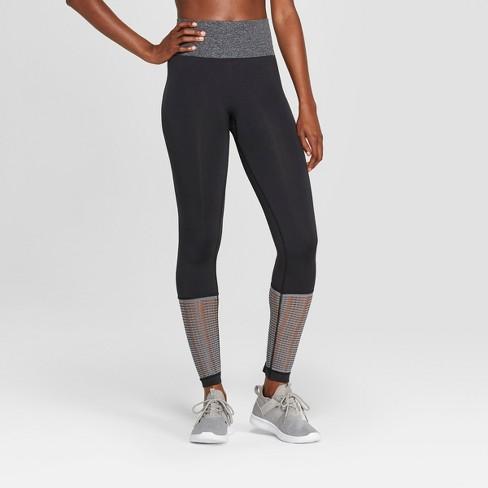 0acb38a64a470 Women's Seamless Mesh Mid-Rise Capri Leggings 23