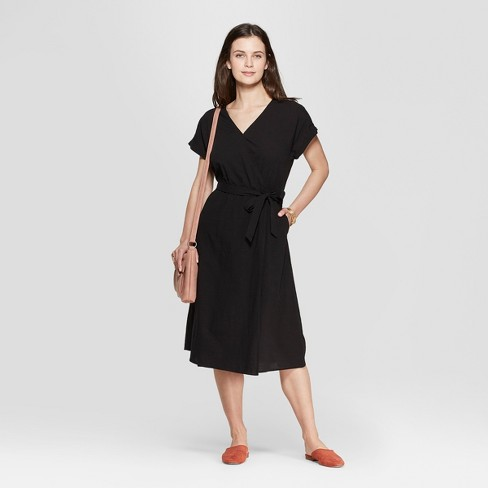 Women's Short Sleeve V-Neck Midi Dress - Universal Thread™ Black M - image 1 of 3