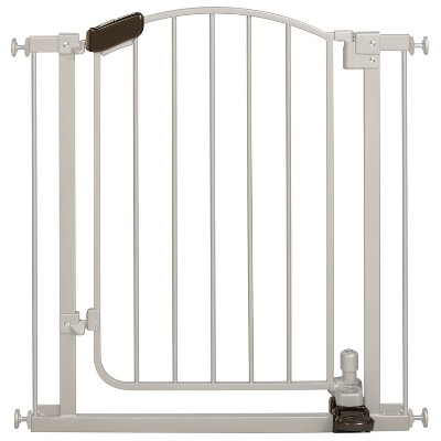 Summer Infant® Walk Thru Step-to-Open Baby Gate (Silver)
