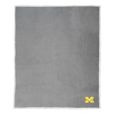 "NCAA Michigan Wolverines 50""x60"" Waffle Sherpa Blanket"