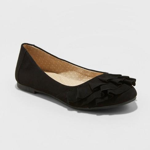Girls' Evelyn Ballet Flats - Cat & Jack™ Black 4 - image 1 of 3