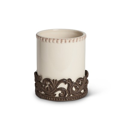 GG Collection Cream Ceramic Utensil Holder with Acanthus Leaf Metal Base