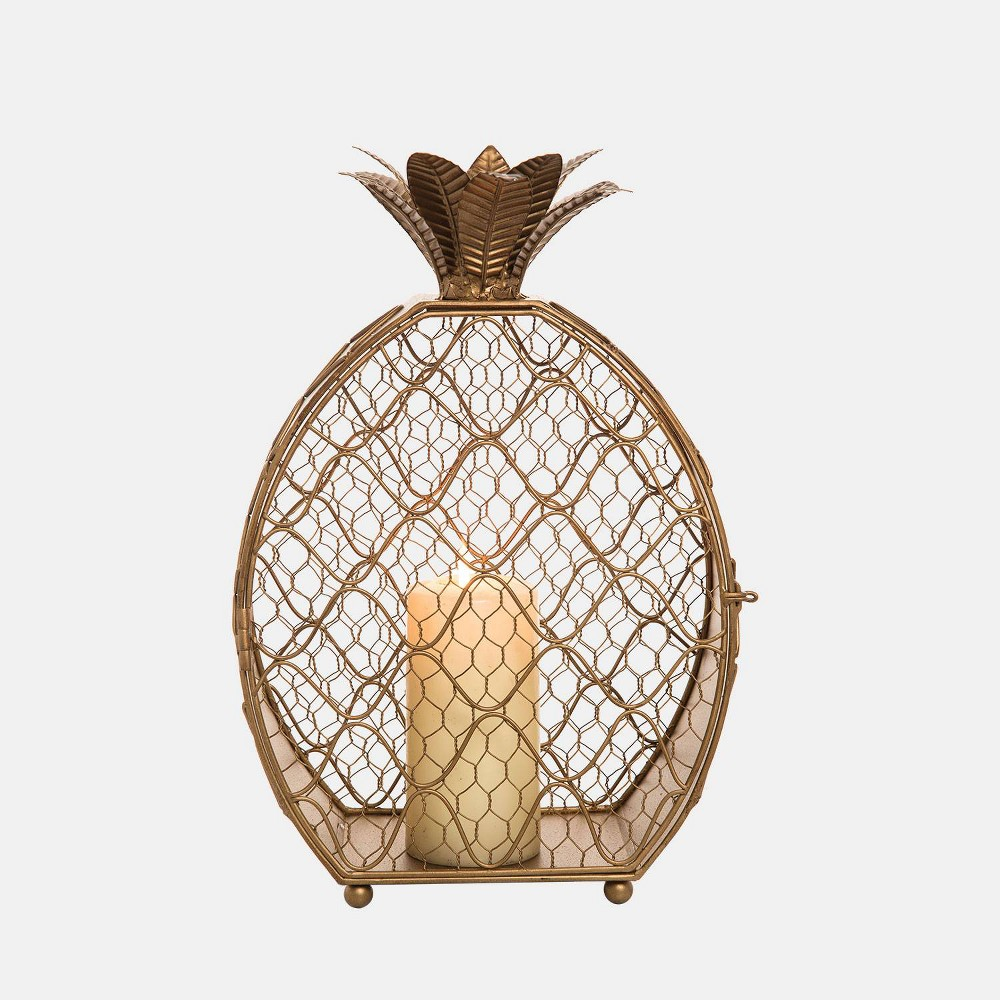 Image of Pineapple Candle Holder - Foreside Home & Garden, Gold