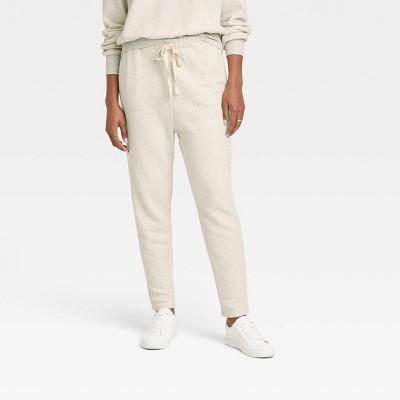 Women's Mid-Rise Rib-Knit Tapered Jogger Pants - Universal Thread™